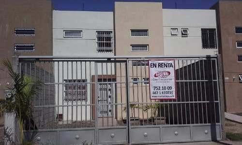 Casa En Renta Ubicada En Valle Alto