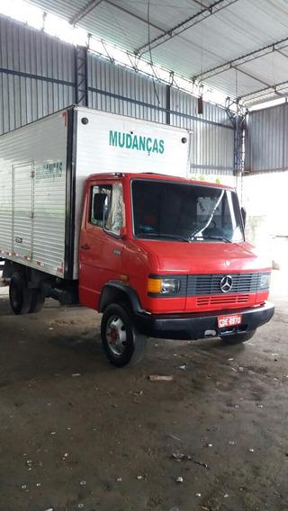 Mercedes-benz 709