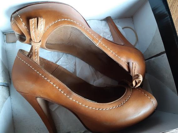 Zapatos Stiletto Camel