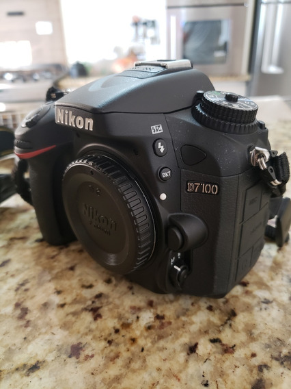 Camera Nikon D7100 + Kit Completo - Conservadíssima