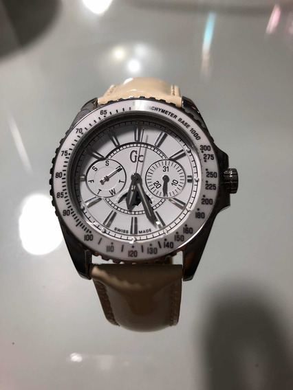 Relógio Guess Collection Swiss Made