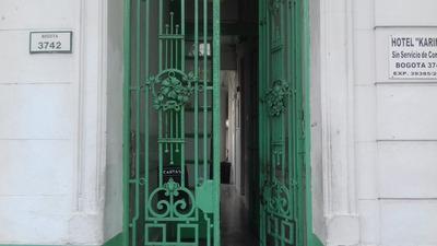 Hotel Familiar Karina Floresta