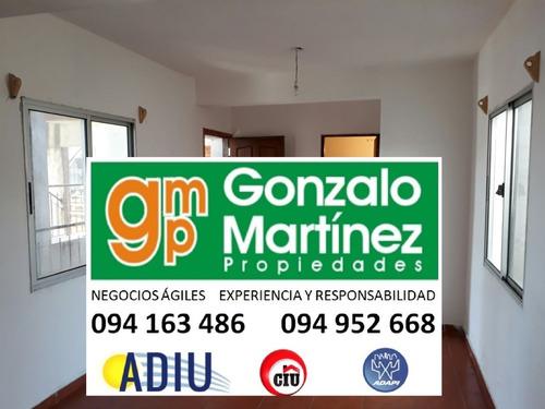 Gonzalo Martínez Alquila Apartamentos Centro De La Paz.