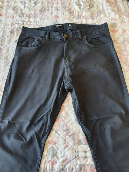 Pantalón Negro Kevingston Talle 44 Slim Flit