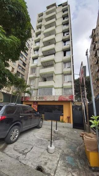 ¡atención Inversores! Edificio A La Venta En Altamira...