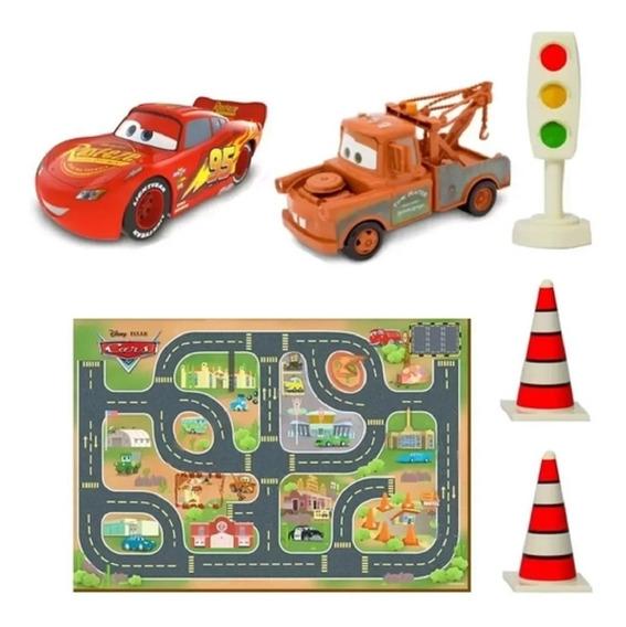 Tapete Carros Com 2 Veículos Mate E Mcqueen - Toyng