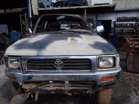 Sucata Toyota Hilux 2.8 D 2002
