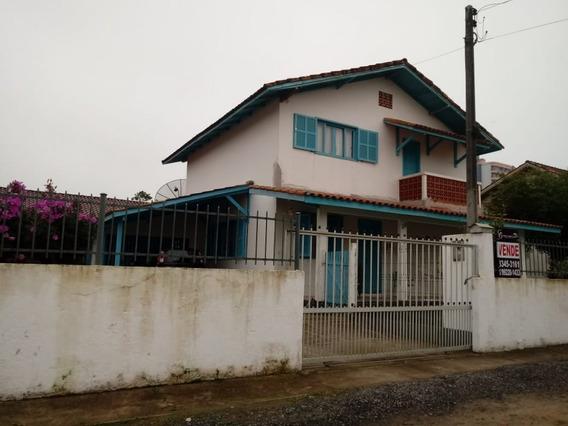 Casa Para Venda No Centro Em Balneário Piçarras - Sc - 712