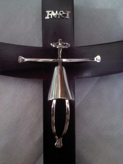 Crucifijo De Madera Palo De Rosa Con Plata Ley .925