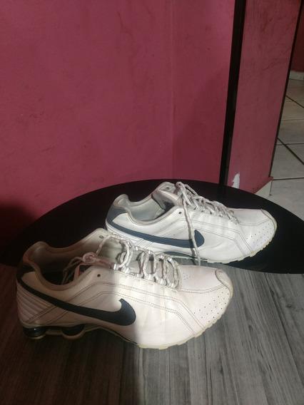 Tênis Nike Shoke