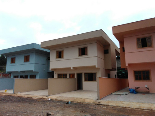 Casa Residencial No Centro De Ibiúna Cod:406