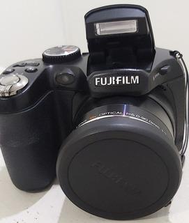 Cámara Digital Fujifilm Finepix S1800