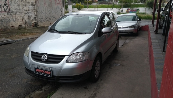 Volkswagen Fox 1.0 City Total Flex 3p 2008