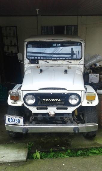 Jeep Totoya 1977