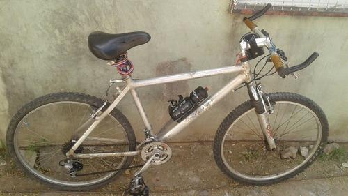 Bicicleta Mountain Bikes