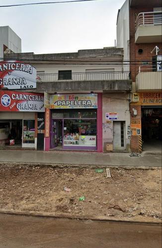 Local Sobre Calle Córdoba (ruta 8).  80 M2