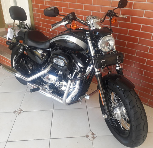 Harley Davidson - Sportster Xl Custom