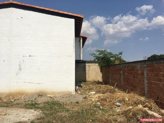 Townhouses En Venta/ Auristela R. 04243174616