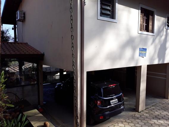 Linda Casa Com 5 Quartos Sala Ampla Quintal Com Frutiferas