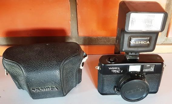 Câmera Yashica Me1