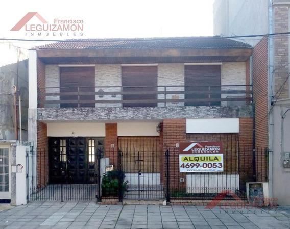 Lote Propio - Ampio Patio - Cochera 3 Autos - Dormitorio En Suite - Zona Residencial