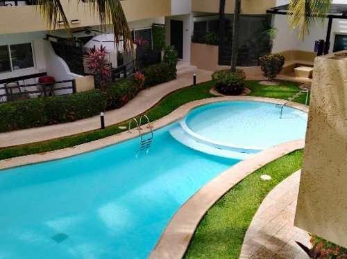 Se Renta Departamento Amueblado En Zona Centro Playa Del Carmen P2878