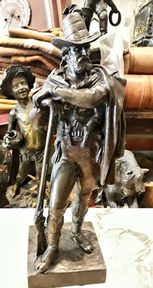 Antiguo Petit Bronce Cazador Firma Escultura Arma Avancarga