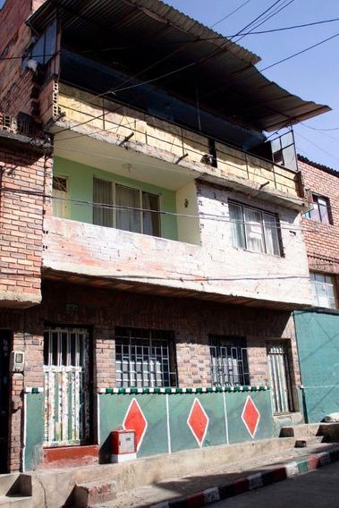 Casa De 5 Pisos 6 Apartamentos Y 6 Baños