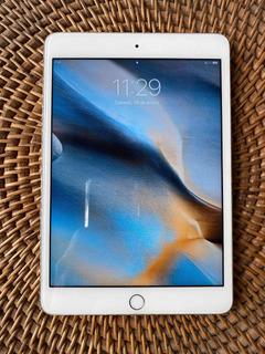 Regalada!!! iPad Mini 3, 16gb Silver Excelente Estado+cover