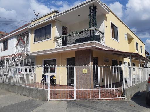 Casas En Arriendo Colseguros 350-1742