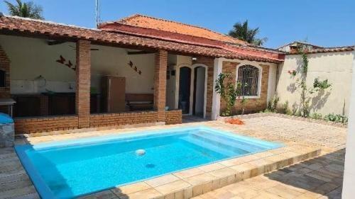 Casa No Gaivota À 200 Metros Do Mar E Com Piscina   7394 E