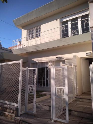 Imagen 1 de 15 de A Estrenar - B° General Paz - Dos Dormitorios En Planta Alta - Terraza Propia