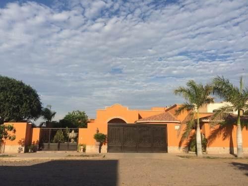 Se Vende Residencia De Lujo En Zona Norte.
