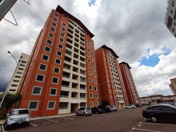 Moderno Apartamento En Residencias Montecarlo