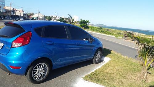 Imagem 1 de 7 de Ford Fiesta Hatch 1.5 16v 2013/2014 Azul