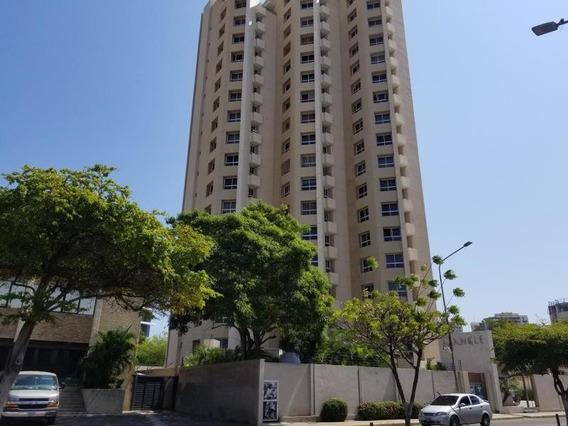 Apartamento En Alquiler Av. Bella Vista Mls #20-11087