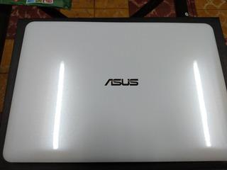 Laptop Asus E402s
