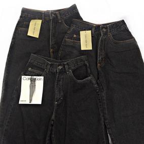 acb4e86542 Mom Jeans Vintage - Calçados