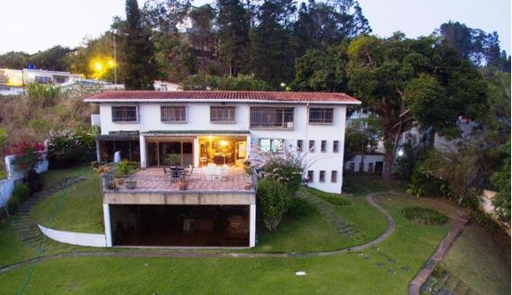 Casa En Alquiler En La Lagunita Cod. 20-12315