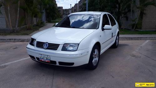Volkswagen Bora Comfortline Automatico