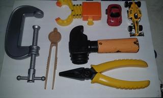 Set De 5 Herramientas Plasticas Para Niños + 2 Autitos