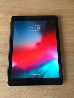 Apple iPad (5ta Generación). 32 Gb. Space Grey. Como Nuevo!