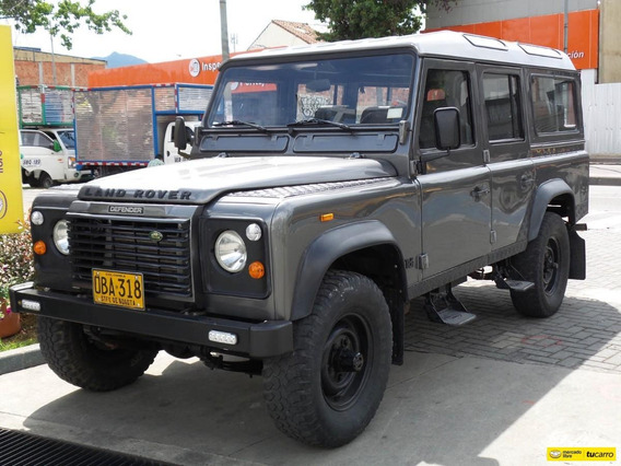 Land Rover Defender 2500cc 4x4