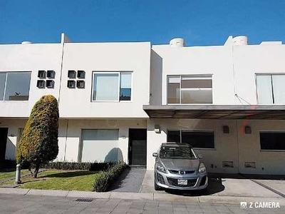 Residencia En Renta Metepec