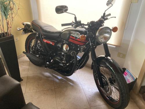 Kawasaki W800 S.e. (no Triumph Boneville, Honda O Scrambler)
