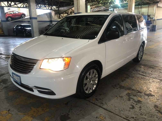 Chrysler Town & Country 3.6 Li Mt 2016