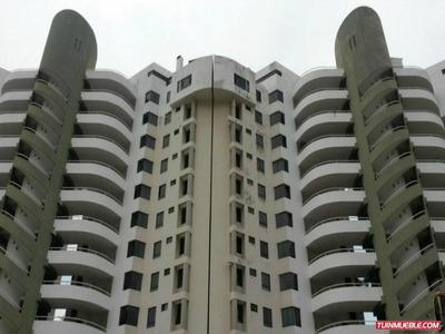 La Llanada/ Varga Vendo Hermoso Apartamento, 116 M2,3h,2b,1p