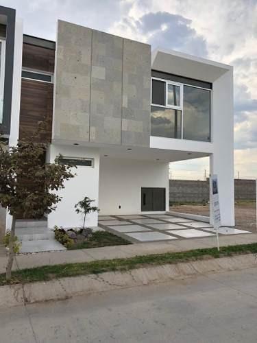 Sierra Nogal Vendo Bonita Casa Nueva