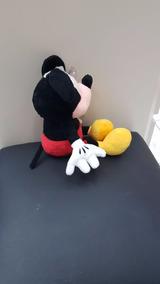 Boneco De Pelucia Mickey Mouse Disney Presente 25cm Presente