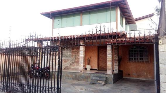 Casa Com 3 Quartos Para Comprar No Alípio De Melo Em Belo Horizonte/mg - Ibh1387